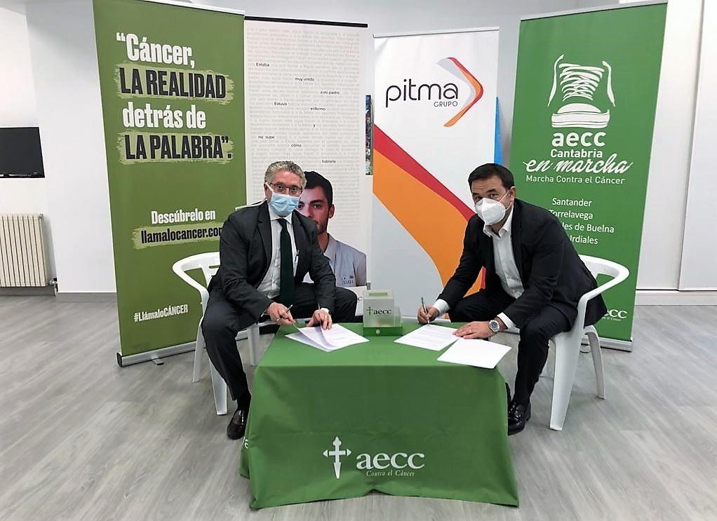 Pedro Prada (AECC) y Álvaro Villa (PITMA) firman el convenio