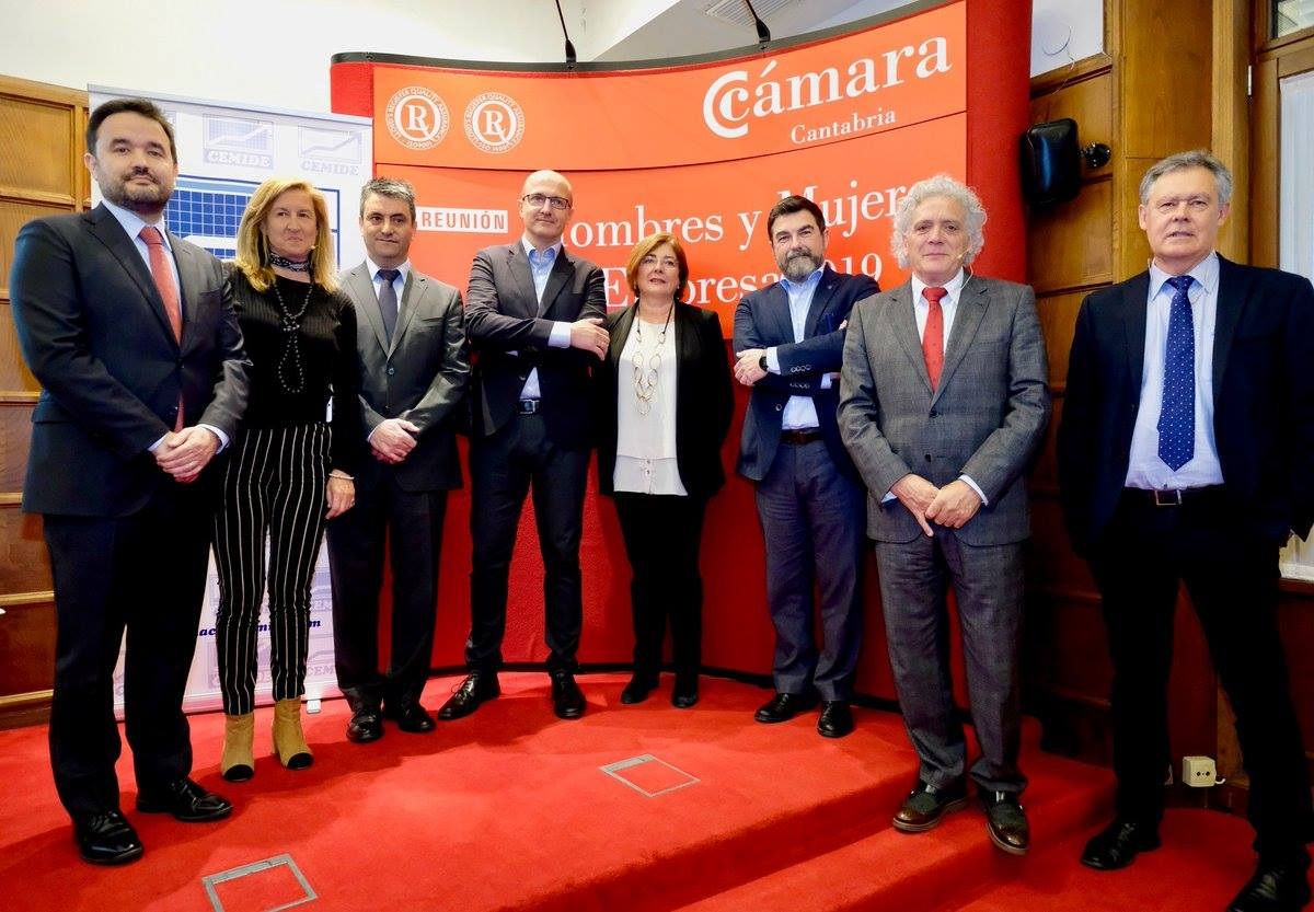 Ejecutivos de PITMA en la Cámara de Cantabria