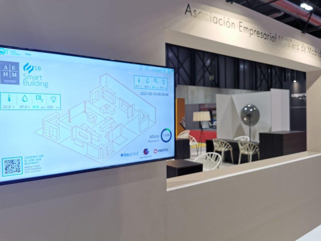 El sistema Smart Building monitoriza diferentes variables, a la vista de todo el público, en tiempo real.